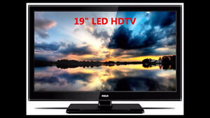 "RCA 19"" LED HD TV - RLED1945A IN MINT  SHAPE LIKE NEW"