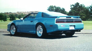 500 hp '88 Trans Am Pro Touring 6 speed with IRS and NOS