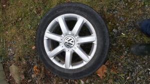 Mags Volkswagen 4 avec pneus d'été
