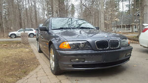 Great Condition--Ready to Drive 2000 BMW 323i Sedan