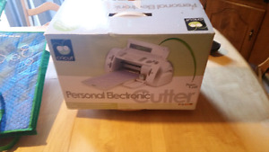 Cricut Personal Electric Cutter