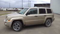 08 Patriot - 4dr - auto - LOADED - 4X4 - SUNROOF - ONLY 91,000K