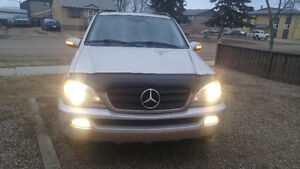 2002 Mercedes-Benz M-Class Ml 320 SUV, Crossover