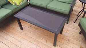 WANTED TO TRADE: Solid outdoor coffee table FOR Slatted Style