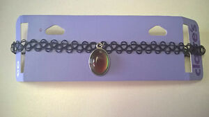 Black Claire's choker with mood gem - Never used