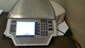 Hobart Quantum Commercial Scale With Printer London Ontario image 1