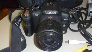 Appareil photo Lumix Panasonic G2 avec lentille 45-200
