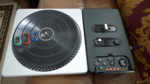 DJ Hero Wireless Turntable for PS2 and PS3 .
