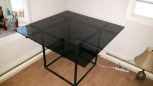 UNIQUE CUSTOM QUALITY MADE SOLID STEEL AND GLASS TABLE