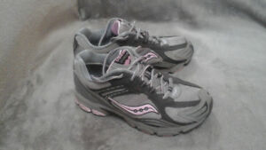 Girls Saucony Sneakers size 3 youth