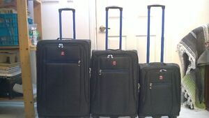 New Luggage - 3 Piece Swiss Gear Suitcase Set