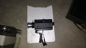 Bell and Howell vintage camera with projector and screen Kitchener / Waterloo Kitchener Area image 1