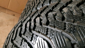 4 Goodyear Hiver/winter 215 70 R15