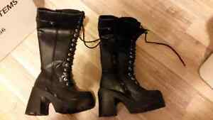 Womens size 6 Boots