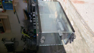 20 gallons aquarium only for small not water pet