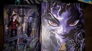 SDCC Exclusive Monster High & Ever After High