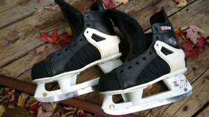 CCM Tacks skates size 5