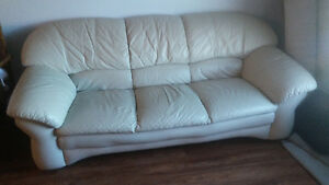 Cream color couch. Good condition.