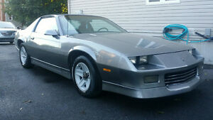 Super Clean 1988 Camaro, Low Mileage and Cruise Control