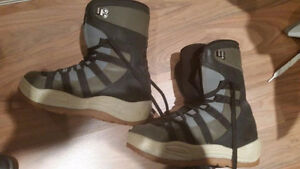 Snowboard boots men size 7