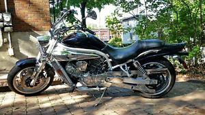 Moto 2007 Hyosung GV650 Aquila