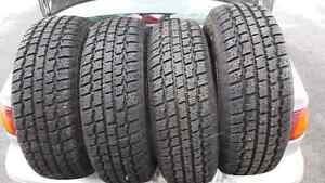 4 Cooper  winter tires less than 1000km of use Kitchener / Waterloo Kitchener Area image 1