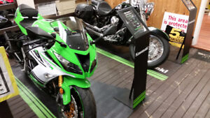 $8999.00 TAX IN NEW ZX 600 R SE@$92.99BI-WKLY TAX IN o.a.c