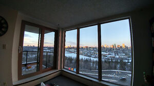 Roommate wanted! Beautiful view & 5 minute walk from Whyte