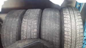 235/65r17 hivers