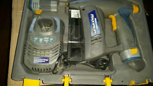 Brad nail gun. 2 battery's and charger.
