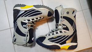 Oxygen mens size 12 snowboard boots