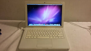 """13"""" White Macbook with Webcam, DVD and Wireless for Sale"""