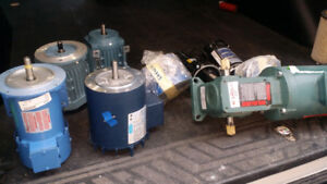 Electric Motors and Gear Reducers (7 items one money) ***