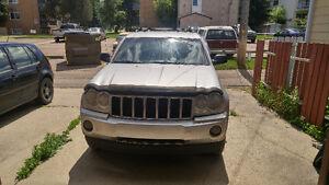 2005 Jeep Grand Cherokee SUV, Crossover