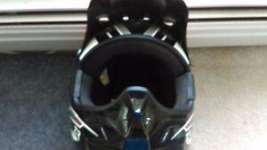 ZR1 XXL dirt bike helmet.