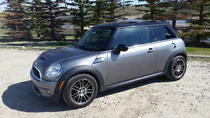2010 MINI Mini Cooper S S Coupe (2 door)