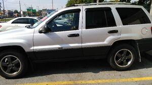 2004 Jeep Cherokee VUS