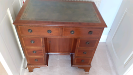 Small inlaid desk 8 drawers
