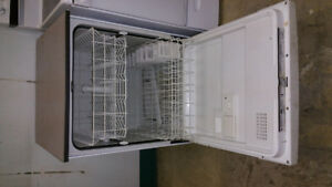 Frigidaire Dish washer
