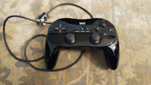 Nintendo Wii Classic Pro Controller - Works with Wii and Wii U