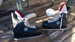 Men's skates, size 10