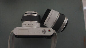 Nikon J1 Camera, additional lens, accessories
