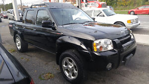 2001 Nissan Frontier Crew Cab, 4x4 Supercharged - ONLY 115000km