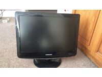 Samsung 19 inch TV lcd and Monitor with remote