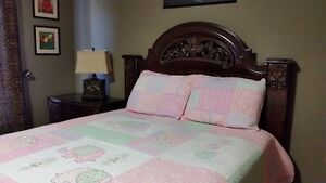 Solid wood Queen Bed Set for Sale - Ashley Furniture