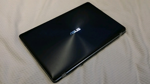 "ASUS 17"" LAPTOP - Intel i7 2.5GHz, 16GB RAM, 1TB HDD"