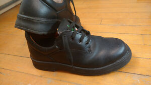 UNISEX Black steel toed safety CSA approved