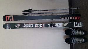 Second hand skis, poles and boots