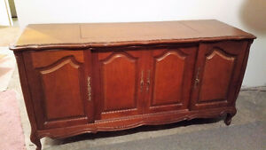 Vintage French Provincial Stereo