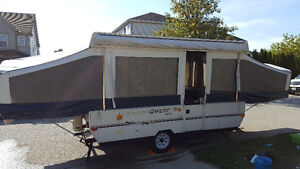2004 Jayco QWest 12 foot tent Trailer
